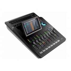 """SOUNDKING DM20 Цифровой микшерный пульт, 20 каналов.S/PDIF вход/выход, AES/EBU выход.Сенсорный экран 7"""" высокого разрешения.Входы: 12 микрофонных (4 комбо), 2 стерео, S/PDIF, USB.8 типов эффектов: 2 модуляции, 2 дилэй, 2 реверберации, 2 GEQ"""