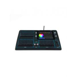 CHAMSYS QuickQ 20 консоль управления Число каналов: 1024 Дисплей: Тачскрин DMX подключение:  Пятиполюсное